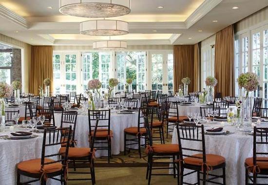 White Plains, Νέα Υόρκη: Red Oak Mansion Wedding