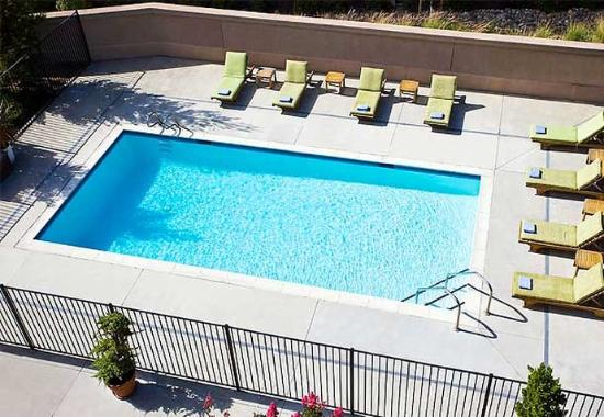 Novato, CA: Outdoor Pool