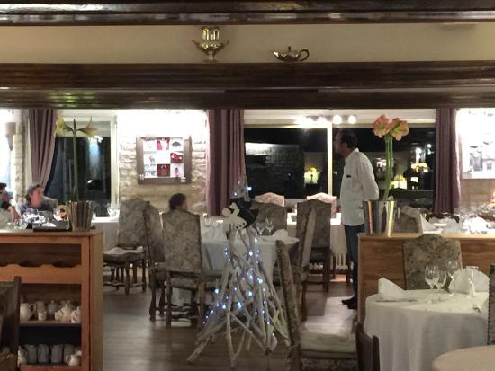 Auron, France : Sublimes photos de la salle de restaurant ses assiette vue panoramique 20m des télécabine top
