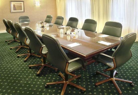 Nashua, NH: Boardroom