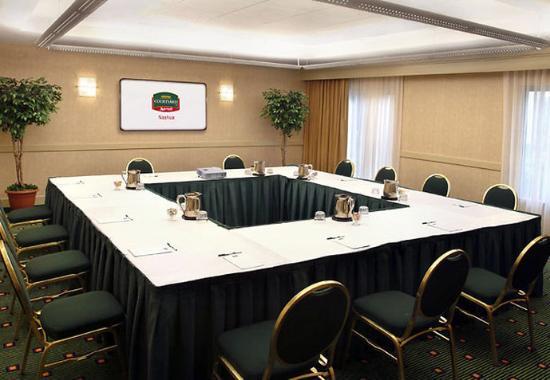 Nashua, NH: Meeting Room