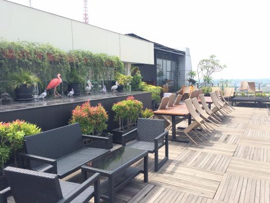 rooftop picture of the 1o1 malang oj malang tripadvisor rh tripadvisor ie