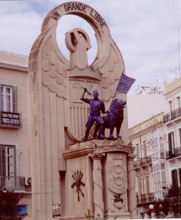 Monumento a los Heroes de Espana