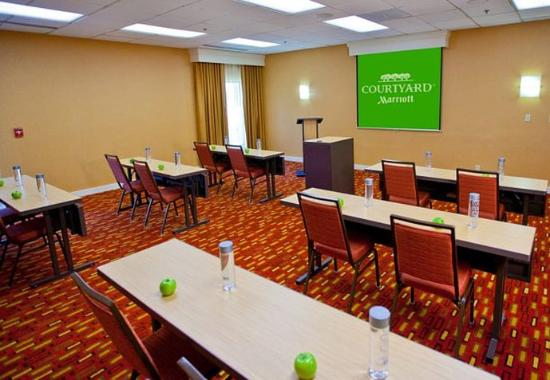 Des Plaines, IL: Meeting Room