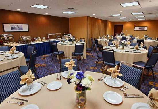 Mount Arlington, NJ : Meeting Room - Banquet Style