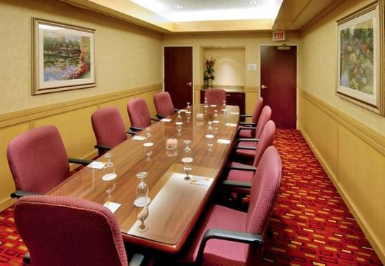 Courtyard by Marriott Springfield Airport: Conference Room