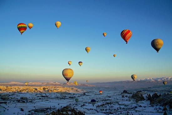 Cappadocia Ez Air Balloons: Kuumailmapallo lento Kappadokiassa