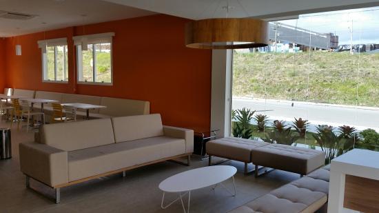 OYO Hotel Caxias Do Sul: Lounge