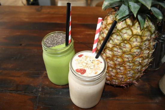 10 Hastings Street Cafe: Smoothies