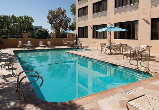 Cypress, Kalifornien: Outdoor Pool