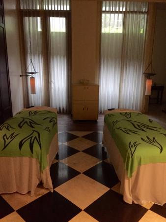 Tanjungbenoa, Indonezja: Lavendar couples massage room