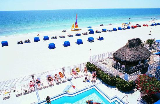 Doubletree Beach Resort by Hilton Tampa Bay / North Redington Beach: Beach