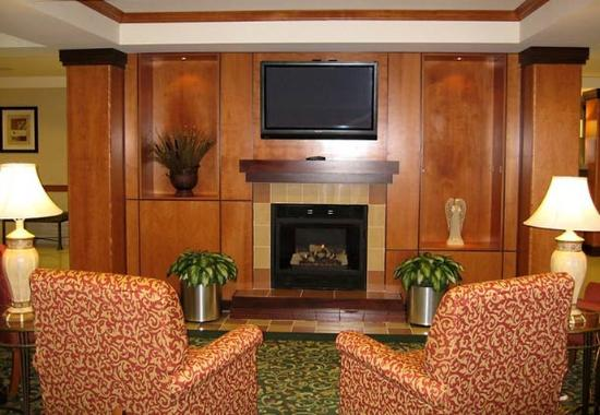 Bloomington, IL : Lobby Fireplace