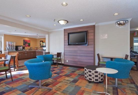 Fairfield Inn Bozeman: Lobby