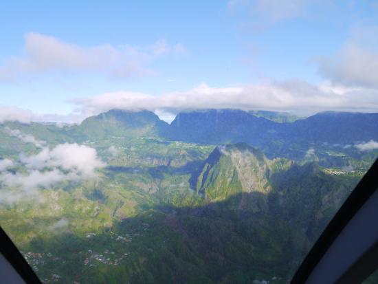 Saint-Gilles-Les-Bains, Reunión: Un temps trop couvert pour aller voir le volcan