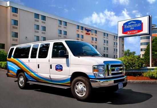 Woburn, MA: Complimentary Guest Shuttle