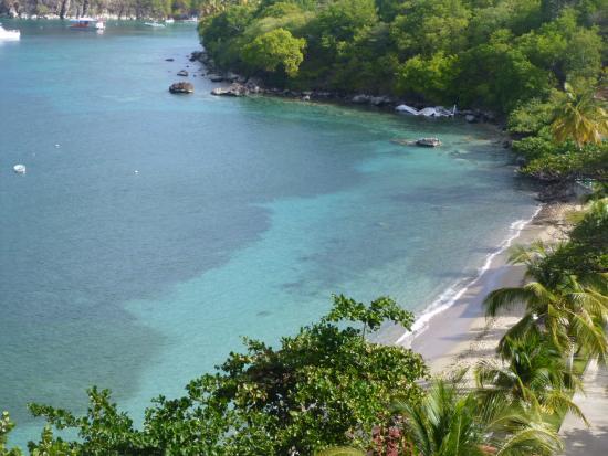 Terre-de-Haut, Guadeloupe: La plage en contrebas de la chambre
