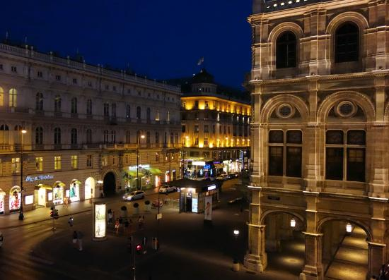 Willkommensgru picture of hotel sacher wien vienna for Tripadvisor vienna