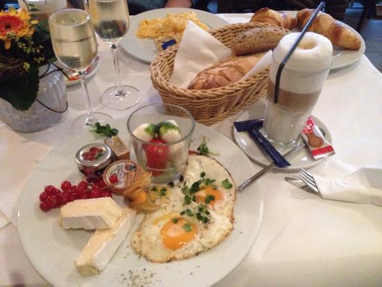 Weinheim, Duitsland: Restaurant Bellini