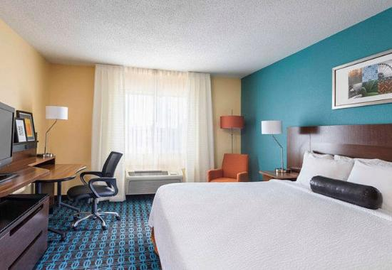 Mansfield, OH: King Guest Room