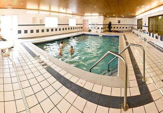 Μπέρλινγκτον, Αϊόβα: Indoor Pool & Whirlpool