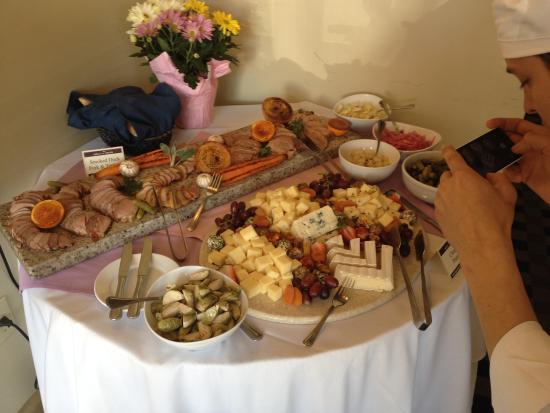 มอนต์เพเลียร์, เวอร์มอนต์: One of our Cheese Platters for Events