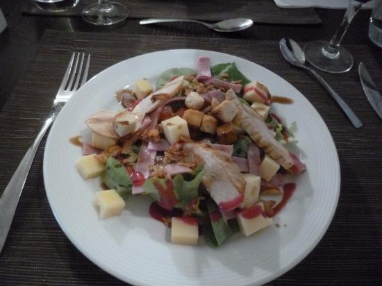 Nontron, França: Caesar Salad - starter