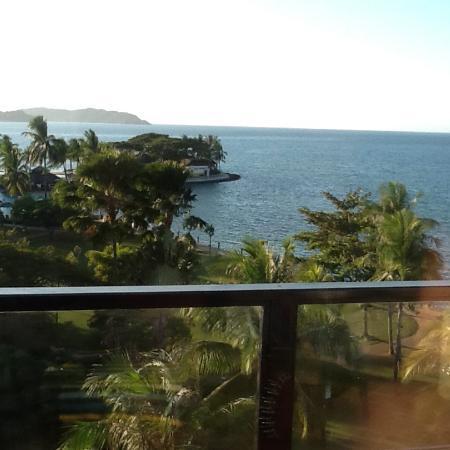 Shangri-La's Tanjung Aru Resort & Spa: Sea view from room balcony level 6