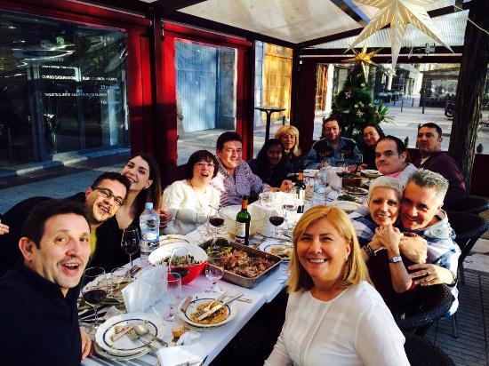 Pasta Pesto: grupo en comida