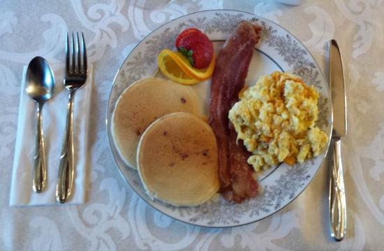 Emigsville, PA: Breakfast at Emig Mansion