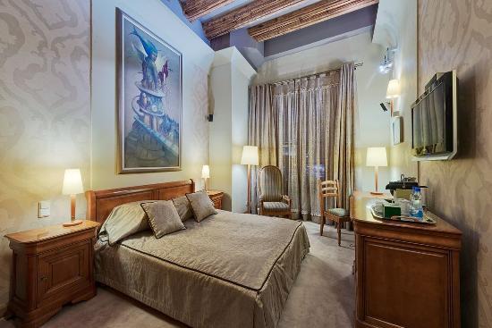 Hotel Wentzl: STANDARD DOUBLE ROOM