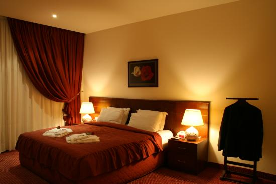 Markazia Suites : Junior Suite Bed