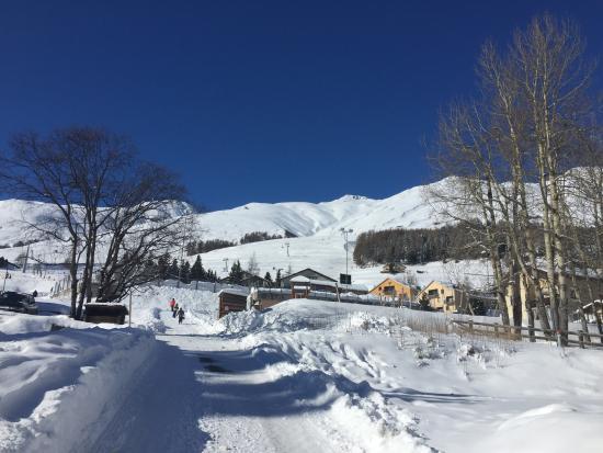 Hotel Engiadina: Ski Hill