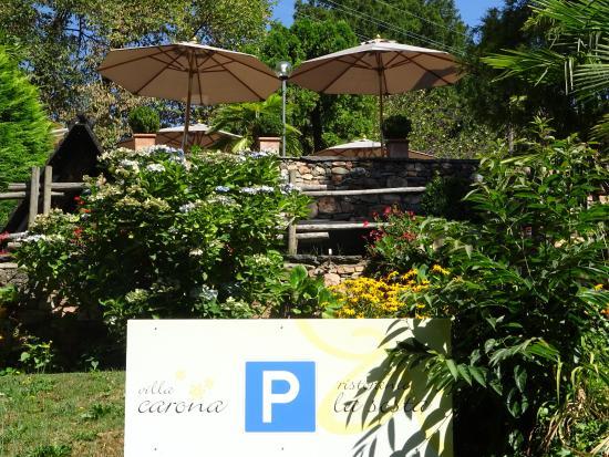 Hotel Villa Carona: Sicht vom Parkplatz hinter dem Hotel
