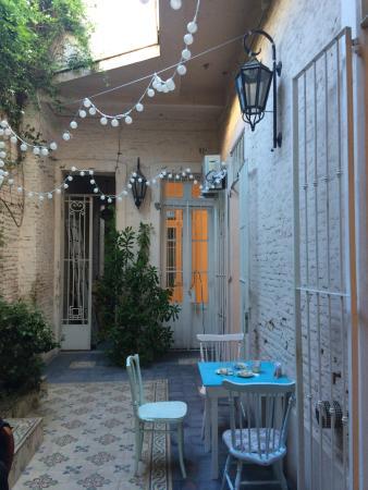 Aliceu0027s Tea House: Hermoso Patio