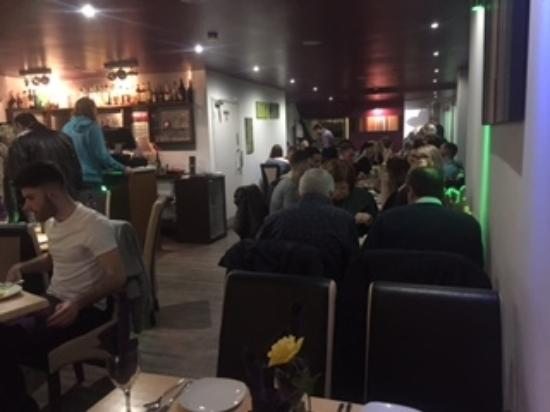 Mint Indian Restaurant: Very busy saturday night