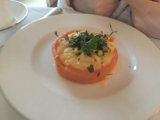 Ascot, UK: Scrambled eggs with smoked salmon (breakfast option)
