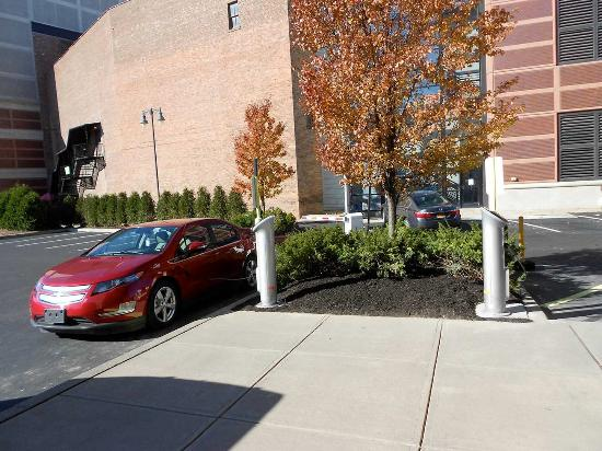 Schenectady, NY: Car Charging Stations