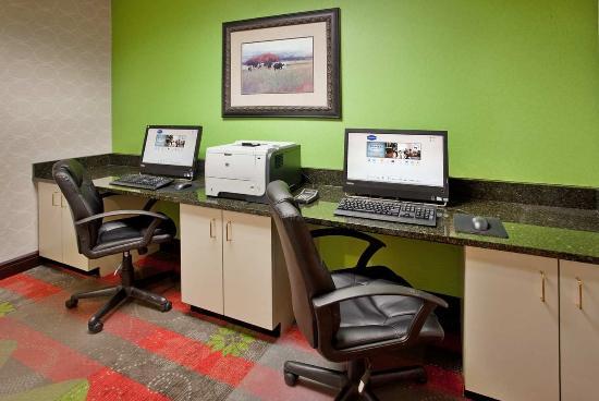 Norfolk, NE: Business Center