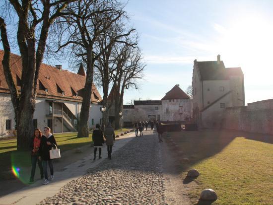 Burghausen, Almanya: Innenhof