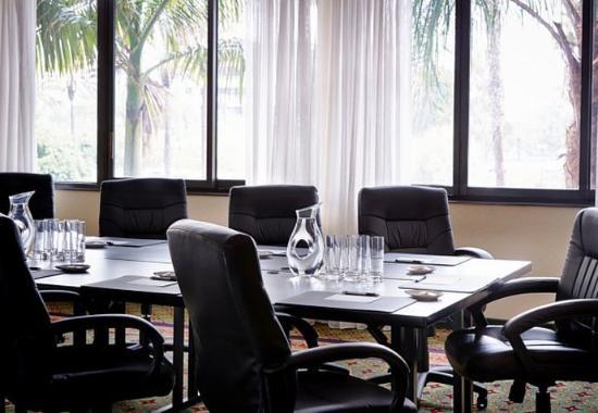 เออร์ไวน์, แคลิฟอร์เนีย: Executive Boardroom
