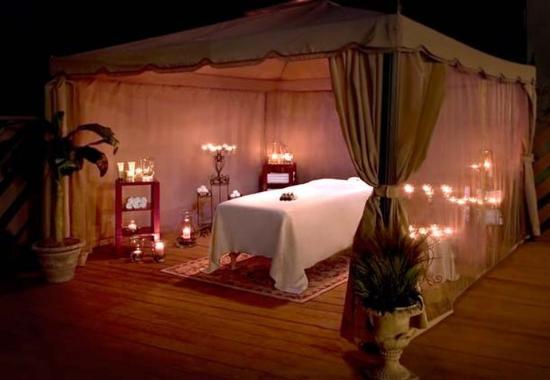 Park Ridge, NJ: The Botanical Spa Outdoor Cabana Massage