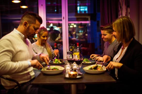 Уппсала, Швеция: Family dinner