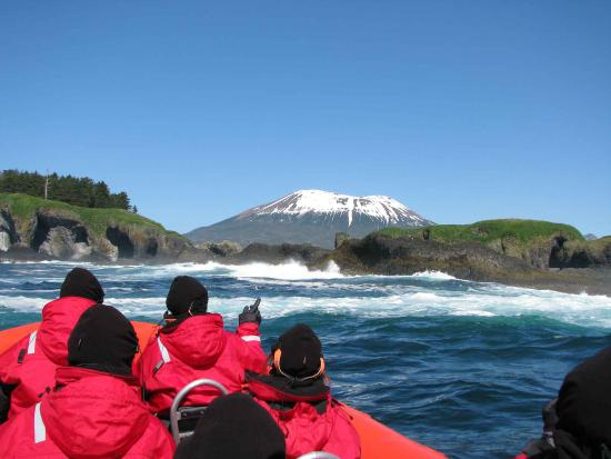 Sitka, AK: Enjoying the view of Mt Edgecumbe and St Lazaria Island on a Volcano Coast Tour.