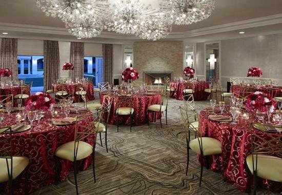 San Mateo, CA: Engage Ballroom – Banquet Setup