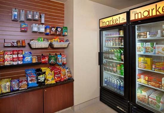 เลกออสวีโก, ออริกอน: The Market