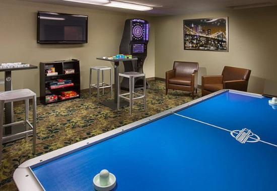Lake Oswego, Όρεγκον: Game Room