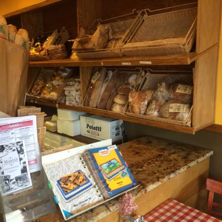 Highwood, IL: Delicious breads!