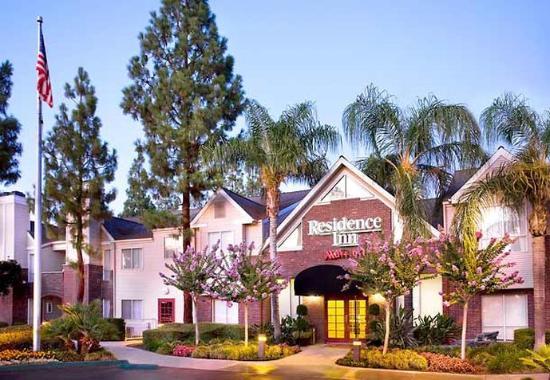 Residence Inn Bakersfield: Exterior