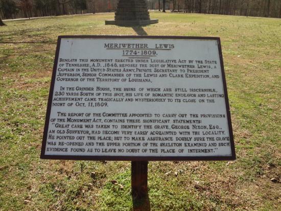 Natchez, MS: gravesite of Meriwether Lewis